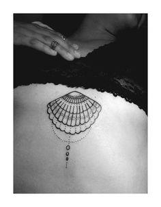 tattoo concha  pontilismo