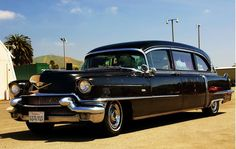 I'd like my last ride to be in style, enter the 1956 Cadillac Hearse. Vintage Cars, Antique Cars, Flower Car, Cadillac Fleetwood, Rolling Stock, Station Wagon, Ambulance, Amazing Cars, Cars And Motorcycles