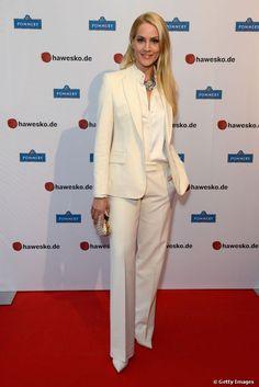 Judith Rakers, complete white, elegant suite