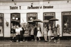 Where to go on a rainy day in Copenhagen? Visit your Tante T (auntie T) at Viktoriegadade 6, 1655 Copenhagen V. And we will serve you more than 160 great teas and homebacked goodies!