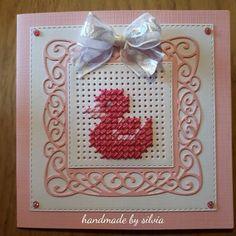 Ideas Cross Stitch Beginner, Mini Cross Stitch, Cross Stitch Heart, Cross Stitch Cards, Simple Cross Stitch, Stitching On Paper, Cross Stitching, Cross Stitch Embroidery, Cross Stitch Designs