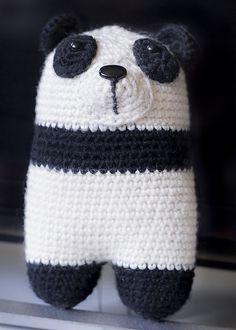 Panda bear adapted from the lanukas pattern http://www.lanukas.com/2015/01/el-oso-bipedo-donato.html?m=1