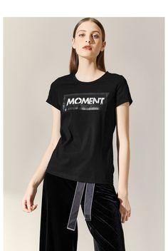 朗姿2018秋装新款ins超火短袖韩范宽松字母圆领棉白色T恤女-tmall.com天猫 Black And White Tees, Your Design, T Shirts For Women, Female, Outfits, Tops, Fashion, Moda, Suits