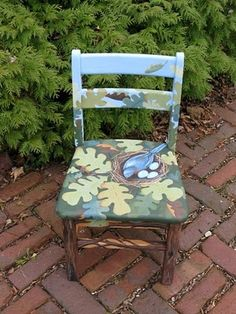 Beautiful painted chair from faint whisper blog. http://faint-whisper.blogspot.com/2010/01/painted-chair.html