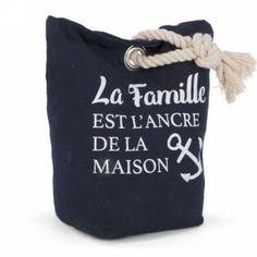 Butoir - la famille est l'ancre Tote Bag, Bags, Doorstop, Anchor, Handbags, Dime Bags, Totes, Hand Bags, Purses