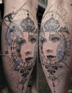 2017 trend Body - Tattoo's - Stunning geometric face tattoo with dotwork. Abstract Tattoo Designs, Tatoo Designs, Tattoo Designs For Women, Tattoos For Women, Face Tattoos, Leg Tattoos, I Tattoo, Tatoos, Trash Polka