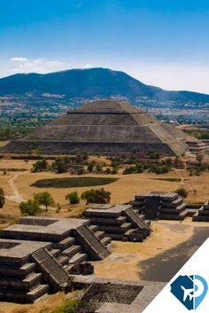 La también llamada #CiudadDeLosDioses , #Teotihuacán , conserva los vestigios de una de las civilizaciones más importantes de #Mesoamérica , a tan solo 50 kilómetros al noreste de la ciudad de #México , ven a disfrutar de esta arqueología. #viaja con #Travelpidia