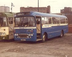 Image from http://www.photo-transport.co.uk/buses/kirkintilloch/kh-mnv75.jpg.