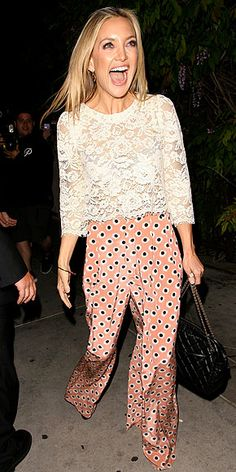Kate Hudson outfit it´s so chic Looks Street Style, Looks Style, My Style, Kate Hudson, Fashion Moda, Look Fashion, Pantalon Large, Looks Chic, Bermuda