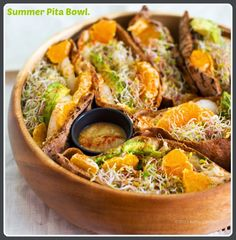New make-ahead meal idea for summer ->  Meet the Summer. Pita. Bowl. #vegan #lunch #sandwich