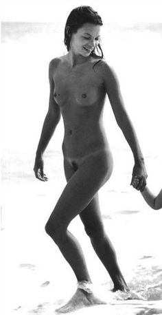 Celebrity Nude Century: Kate Moss (Supermodel)