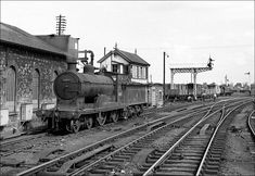 1950s Steam Train Scotland   Inverness station: Caledonian Railway 4-4 ... Holland, Steam Railway, British Rail, Train Engines, Inverness, Steam Engine, Steam Locomotive, Great Britain, Engineering