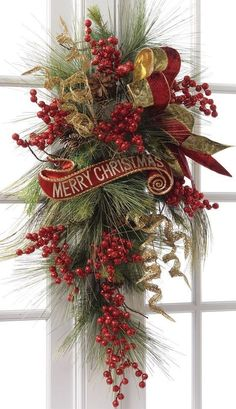 Beautiful Christmas Wreaths for Front Door. The main Christmas decorations that each of us never forgets to put during the holidays is the Christmas tree Front Door Christmas Decorations, Christmas Swags, Holiday Wreaths, Christmas Planters, Winter Wreaths, Christmas Front Doors, Christmas Door Wreaths, Christmas Arrangements, Burlap Christmas