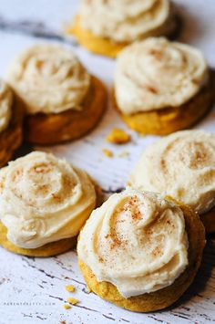 Melt-in-your-mouth-pumpkin cookies (wrong frosting) Use: 1/2 cup butter 1/2 cup cream cheese Powdered Sugar Vanilla