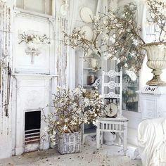 Nothing more elegant than white on white