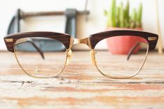 Hey, I found this really awesome Etsy listing at https://www.etsy.com/listing/256116563/vintage-shuron-rondon-1950s-eyeglasses