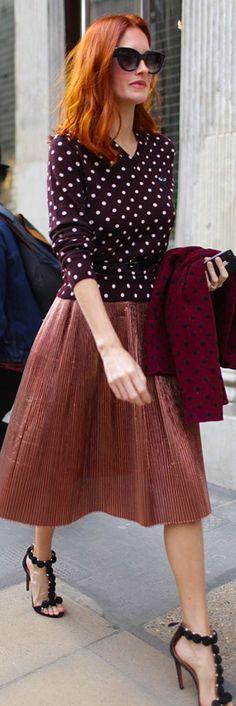 Taylor Tomasi Hill in polka dots London Fashion Week Taylor Tomasi, Foto Fashion, Fashion News, Redhead Fashion, Uk Fashion, Office Fashion, Runway Fashion, Fashion Models, Moda Chic