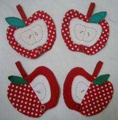Apple Mug Rug.teacher gift idea
