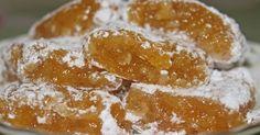Εξαιρετική συνταγή για Λουκούμια βερίκοκου. Μια λιχουδιά η οποία πρωτοεμφανίστηκε στην Αμερική το 1963! Λίγα μυστικά ακόμα Διατηρούνται στο ψυγείο. Greek Sweets, Greek Desserts, Greek Recipes, Healthy Cooking, Cooking Recipes, Chocolate Truffles, Cookie Bars, Nutella, Cake Recipes