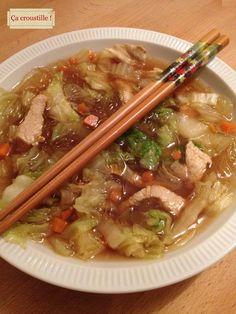 Ça croustille !: SOUPE CROQUANTE AU CHOU CHINOIS ET VERMICELLES ce bllog est une mine de trésor de recette allez voir !!!
