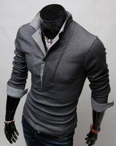 Camisa masculina com sobreposição de malha