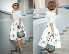 37 Gorgeous Spring Skirt Outfits Ideas For Girl Long skirts are almost always part of fashion trends year after year. T… in 2019 37 Gorgeous Spring Skirt Outfits Ideas For Girl Long skirts are almost always part of fashion trends year after year. Flare Skirt Outfit, Midi Flare Skirt, Skirt Outfits, Dress Skirt, Maternity Skinny Jeans, Spring Skirts, Ladies Dress Design, Clothes For Women, Fashion Trends
