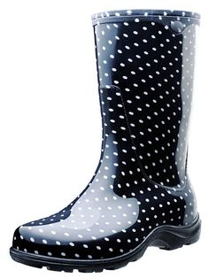 What could be better than sporting a pair of these cute, Black & White Polka Dot Rain Boots by Sloggers. By far the most comfortable rain boots you have ever worn, you'll be looking for any excuse to wear them out! Just a little misty out... hmm, why not?