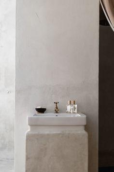 Coqui Coqui Coba Bathroom, Photo by Cerruti Draim