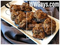 Chiamigos and bananas make an excellent cookie! Cinnamon Almonds, Ww Desserts, Mini Cookies, Cookies Ingredients, Chia Pudding, Recipe Today, Tandoori Chicken, Peanut Butter, Good Food