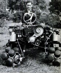 Rotoped by Julius Mackerle, 1964 Strange Cars, Weird Cars, Cool Cars, Steampunk, Colani, Monster Trucks, Bw Photography, Dog Diapers, Car Wheels