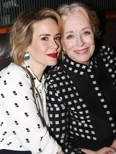 Famous Lesbian Couples | List of Celebrity Lesbian Power Couples (with Pics)