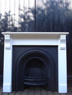Latest Screen Fireplace Hearth height Strategies Victorian Style Arch Insert with wooden surround – Original Fires Wooden Fireplace Surround, Cast Iron Fireplace, Fireplace Hearth, Fireplace Inserts, Fireplace Surrounds, Fireplace Design, Fireplaces, Fireplace Ideas, Bedroom Fireplace