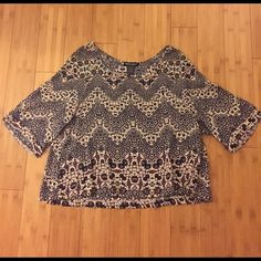 Floral Crop Top Boho look, flowy, floral cropped top. Looks adorable with high waisted pants. Would be so cute for a music festival. Perfect condition! Make offer! Tops Blouses