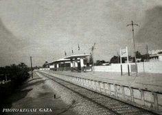 سكة القطار قديما - باتجاه منطقة الشجاعية    يلفت انه كان خط سير سكة الحديد من القدس و يصل حتي مدن تركيا