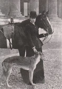 Photos With Dog, Casa Real, Horse World, Vintage Horse, Old Dogs, Horse Pictures, Hunting Dogs, Horse Love, Equestrian Style