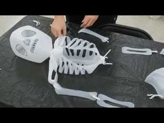 How to Make a Milk Jug Skeleton: Part 2 of 2 Fall Halloween, Halloween Crafts, Holiday Crafts, Halloween Decorations, Outdoor Decorations, Halloween 2018, Fall Crafts, Plastic Bottle Crafts, Science Classroom