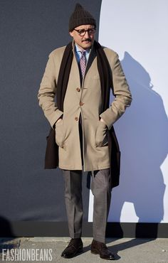I like this look for Leonard. Slightly more pulled together through the slickness of the coat.
