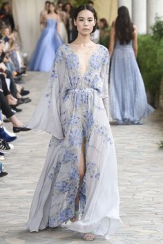 Luisa Beccaria Spring/Summer 2017 Ready to Wear Collection | British Vogue