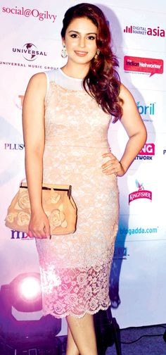 Huma Qureshi: Vintage accessories go a long way in making your look more authentic.