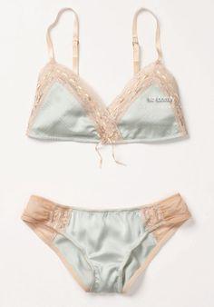 Lingerie #Sexy #Underwear #Bra