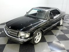 very cool, and fast! Mercedes W126, Mercedes Benz 500, Classic Motors, Classic Cars, 4x4 Wheels, Classic Mercedes, Cars For Sale, Cool Cars, Hunt Valley