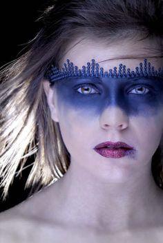 Beautiful dark makeup mask. repinned by www.BlickeDeeler.de
