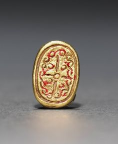 Scarab, 1980-1801 BC Egypt, Middle Kingdom, late Dynasty 12 gold, Overall - l:1.10 cm (l:3/8 inches) Wt: 1.6 grams. | Cleveland Museum of Art