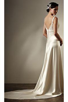 Lace Wedding Dress & Wedding Gown Sale by Jennifer Regan