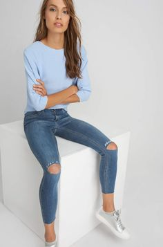 ORSAY REFINED | Jeggings with knee cuts and slogan print #mywork #fashiondesigner #denim #ootd