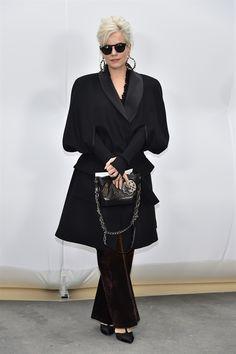 I look dei vip in prima fila alle sfilate moda donna per l'Autunno-inverno 2017/18 - VanityFair.it