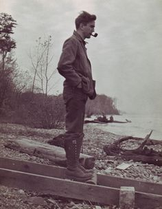 — Vintage Photos « The Sartorialist, Beach Outfits, Pipe Man. Vintage Pictures, Old Pictures, Old Photos, Art Of Manliness, Kino Film, Sartorialist, Lady Mary, Vintage Photographs, Vintage Men