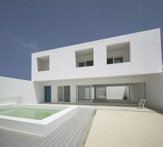 Galeria de Casas na Praia do Estoril / José Adrião Arquitectos - 5
