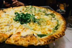 Rio de Janeiro Cray !!! Mamma Jamma Pizzaria - zucchini and anchovy pizza!