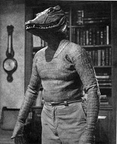 The Alligator People via Horror, Sci-Fi and Fantasy Classic Monster Movies, Classic Horror Movies, Classic Monsters, Sci Fi Horror, Horror Films, Horror Art, Funny Horror, Horror Comics, Scary Movies